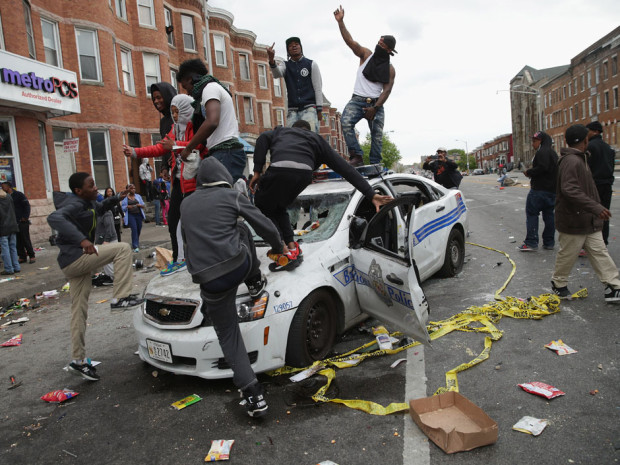 BESTPIX - Protests in Baltimore After Funeral Held For Baltimore Man Who Died While In Police Custody